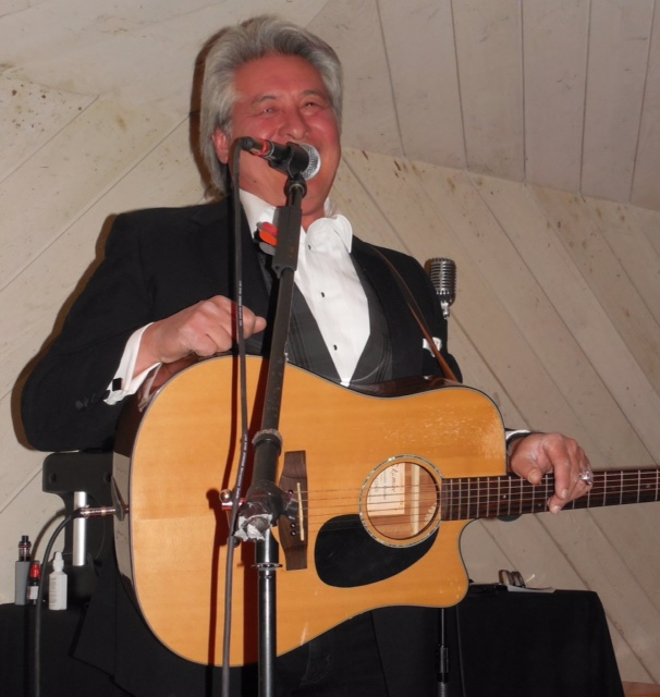 Live Music Entertainer, songs, Music Room, Music Videos, live Music shows, live concerts, live music shows, Music Bands, Artist for Concerts, Artists for Corporate Events, Artist for Wedding,